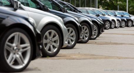 BMW will mehr Elektroautos bauen