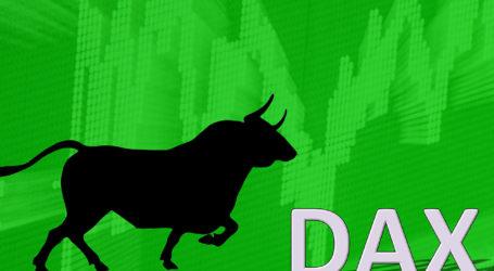 DAX beendet Super-März mit Aufschwung